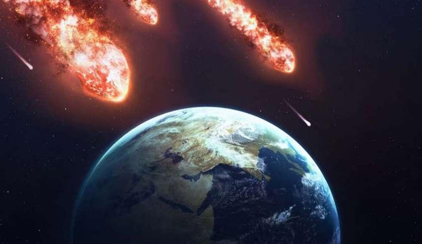 La NASA alerta que TRES gigantescos asteroides